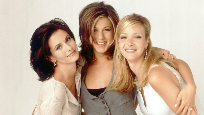 Priatelia (Courteney Cox, Jennifer Aniston, Lisa Kudrow)