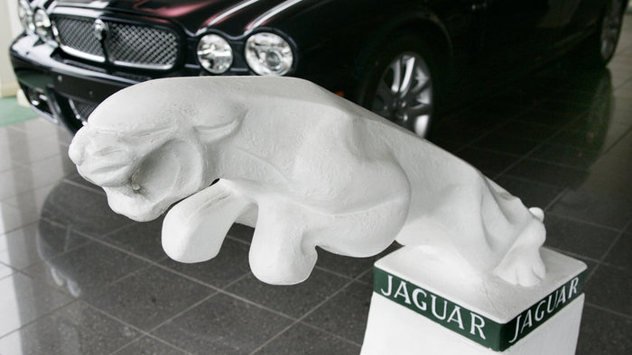 Jaguar Ford Land Lover