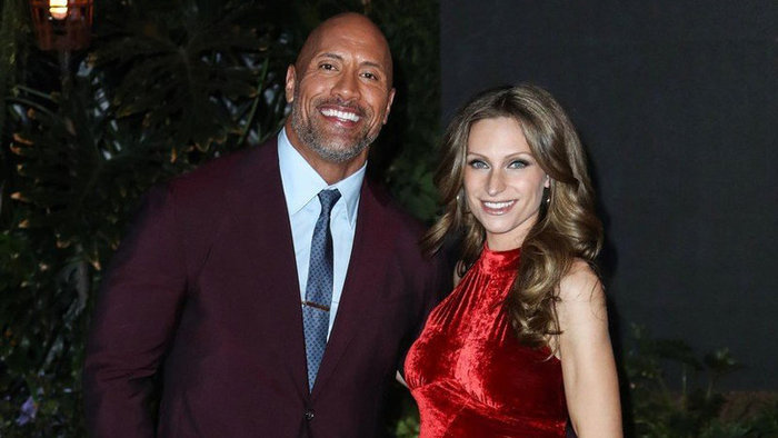 Dwayne Johnson (45) a Lauren Hashian (33)
