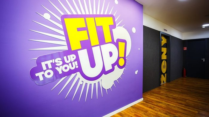 FIT UP.